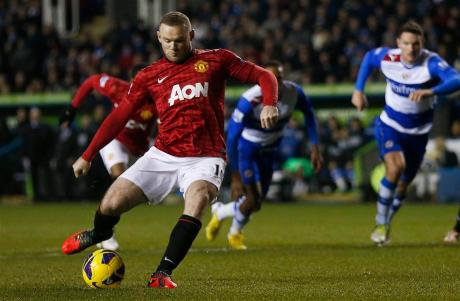 manchester_united_s_wayne_rooney_scores_against_re_50ba5ef0e1