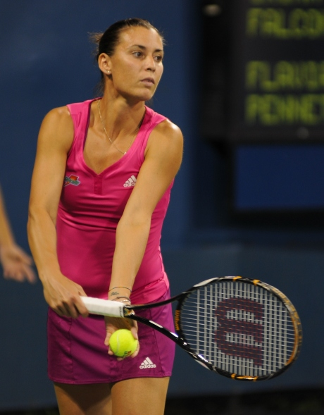 Flavia_Pennetta_at_the_2010_US_Open_01