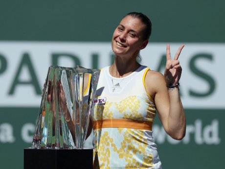 Flavia-Pennetta-Indian-Wells-title_3102775